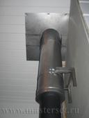 печная труба в черной термокраске, переход в 2\к дымоход, проход кровли